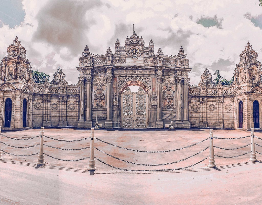 things to do in istanbul - dolmabahce palace