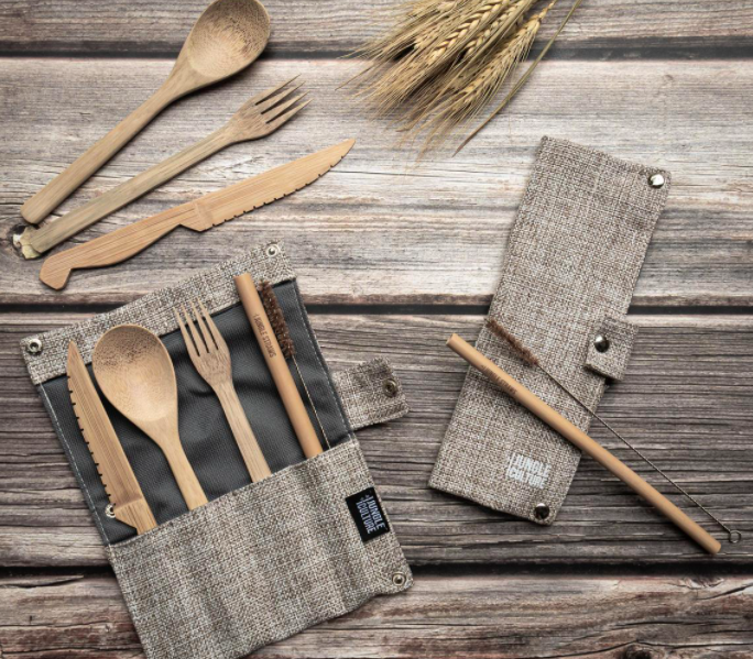 zero waste travel - bamboo cutlery